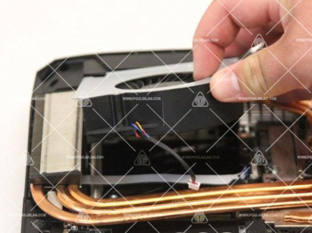 تعویض فن خنککننده MSI GT75VR 7RF Titan Pro