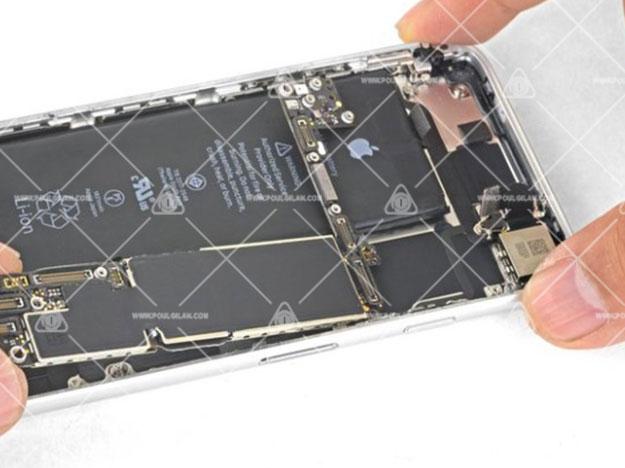 تعویض مین برد iPhone SE 2020