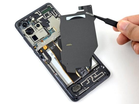 تعویض سیمپیچ شارژ بیسیم Samsung Galaxy S20 Ultra