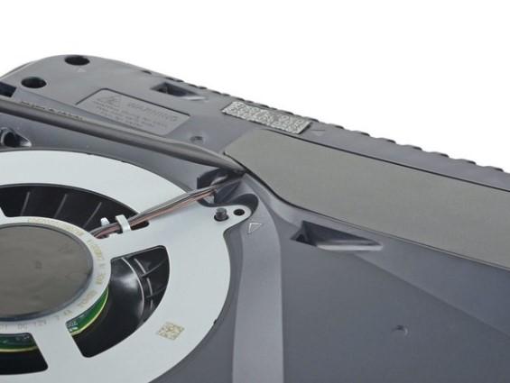 تعویض فن PlayStation 5