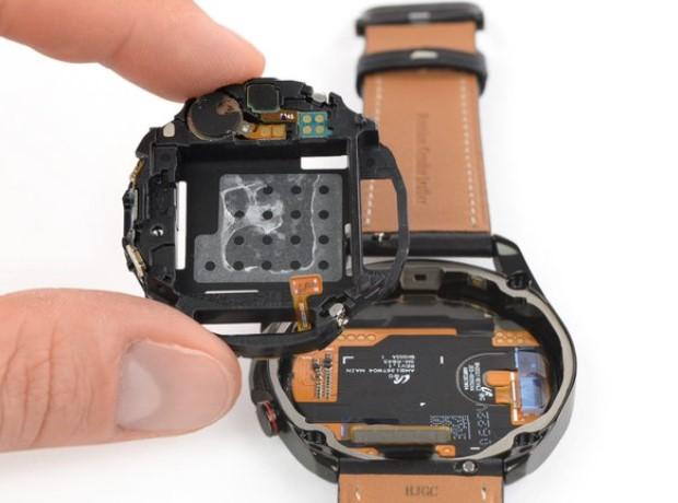 دمونتاژ ساعت هوشمند گلکسی واچ 3