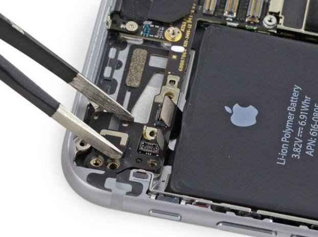 تعویض آنتن وای فای iPhone 6