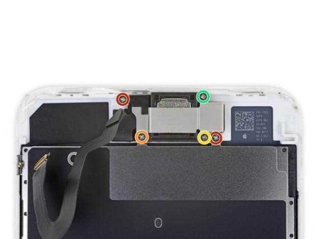تعویض کپسول گوشی آیفون 8 پلاس